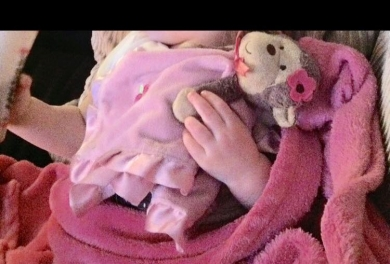 Monkey Head With Flower Bow And Pink Rattle Blanket