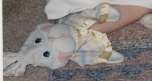 Bunny head with pastel blanket w/ yellow trim