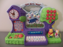 1997 Tiger Electronics Winnie the Pooh 100 Acre wood Learning toy