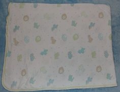 Small blanket, white with lion elephant and giraffe